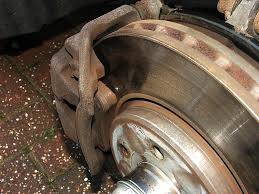 Worn Brake Pads – What Are The Risks?