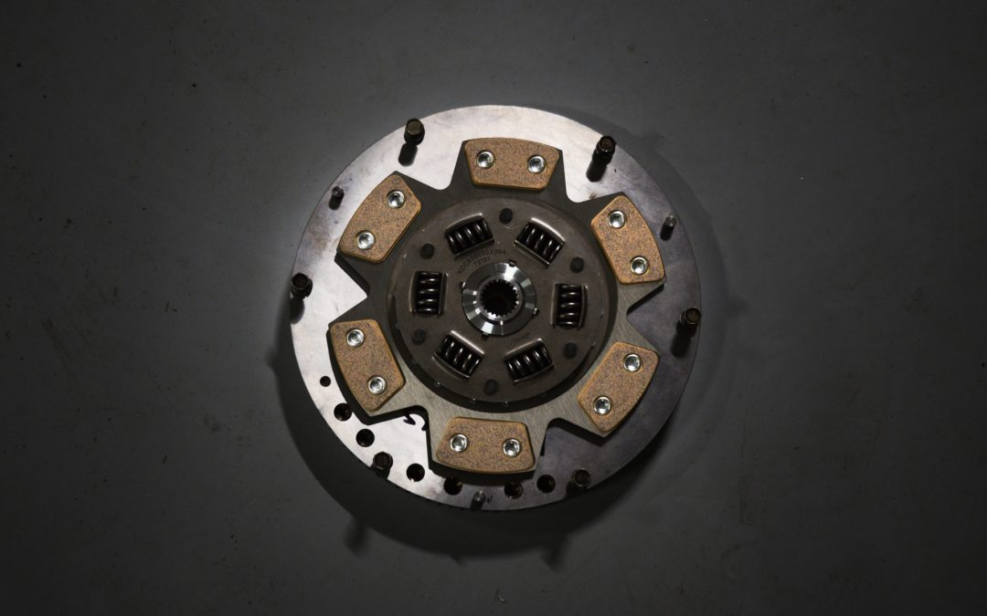 Friction Clutch Disc and Pressure Plate – Signs That They Are Bad